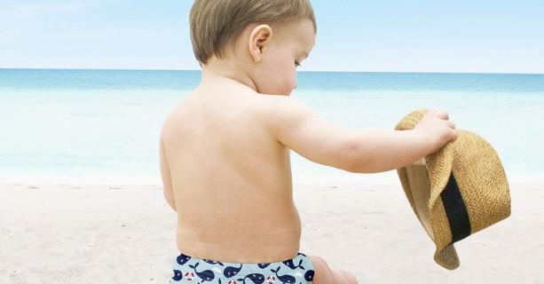 Al mare con il pannolino