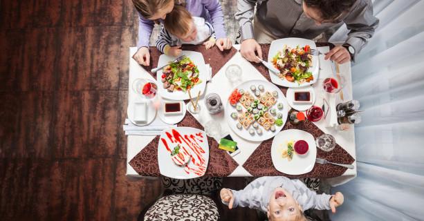 Come stare con i figli a tavola